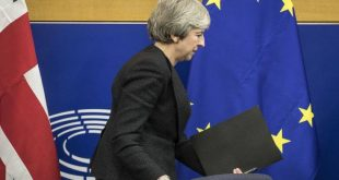 Η βουλή των Κοινοτήτων «στέλνει» την Μέι να ζητήσει νέα παράταση για το Brexit