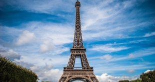 Эйфелевой башне исполнилось 130 лет