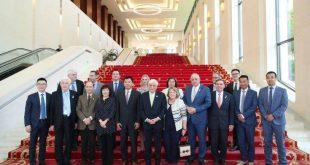 Το Executive Briefing Center της Huawei στο Πεκίνο επισκέφθηκε ο Προκόπης Παυλόπουλος