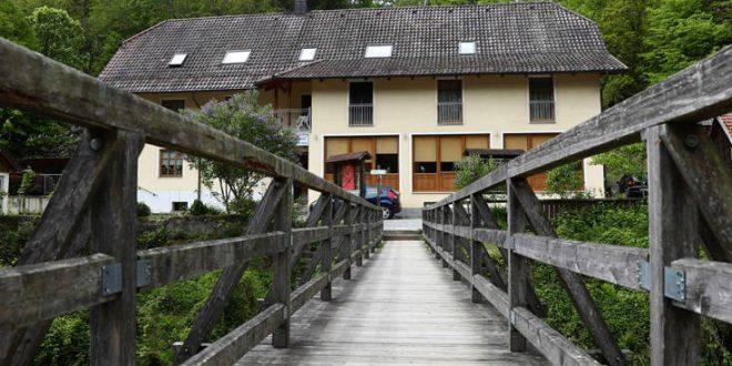 Αίρεση του σεξ και μεσαιωνικά όργια πίσω από τους θανάτους με βαλλίστρα στη Γερμανία