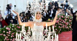 Met Gala 2019: Ροζ φλαμίνγκο υποδέχονταν τους προσκεκλημένους