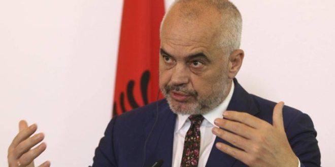 Αλβανία: Την βοήθεια ξένων διπλωματών για την εκτόνωση της έντασης ζήτησε ο Ράμα