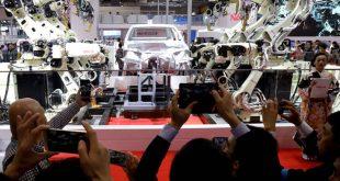 Πόσα εκατομμύρια θέσεις εργασίας θα χαθούν από τα ρομπότ ως το 2030