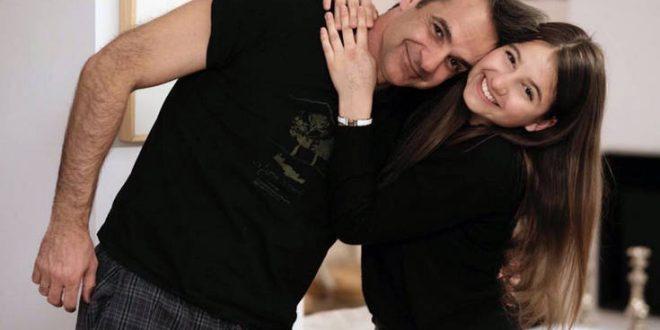 Κυριάκος Μητσοτάκης: Το δώρο που δέχτηκε από την κόρη του