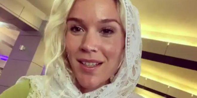 Η γνωστή τραγουδίστρια Τζος Στόουν συνελήφθη στο Ιράν