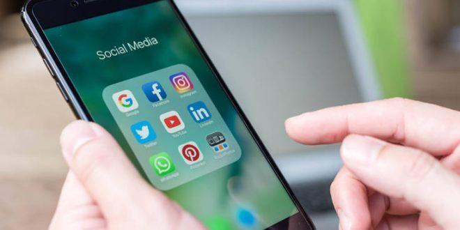 Σε διήμερη αποχή από τα μέσα κοινωνικής δικτύωσης καλεί ο συνιδρυτής της Wikipedia
