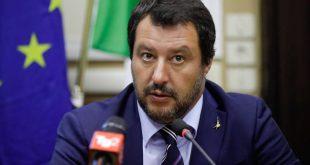 Ο Σαλβίνι υποστηρίζει ότι καταγράφηκε πτώση 80% στις αφίξεις μεταναστών στη Ιταλία