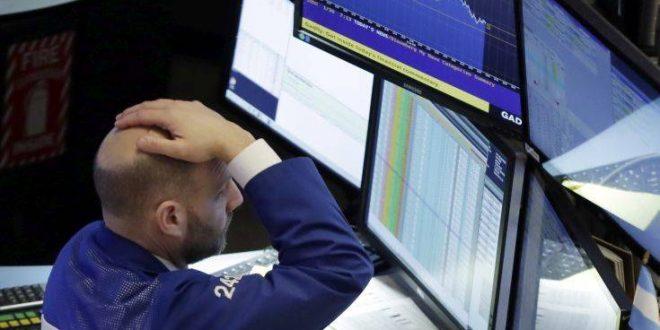 Ο εμπορικός πόλεμος ΗΠΑ- Κίνας «ρίχνει» τη Wall Street