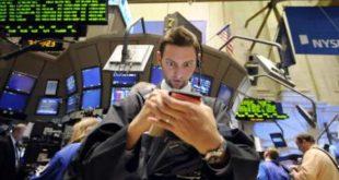Ανάσα στη Wall Street μετά το Δευτεριάτικο… στραπάτσο
