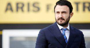 Έξαλλος ο Καρυπίδης με τους ξένους διαιτητές και τον Σιδηρόπουλο στο ντέρμπι με τον ΠΑΟΚ