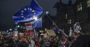 Brexit: 21 «αντάρτες» αψήφησαν την γραμμή των Συντηρητικών στην ψηφοφορία