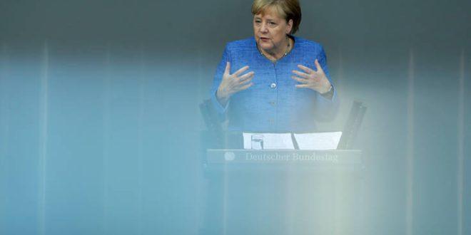 Ανησυχία για τις μεγάλες παγκόσμιες εξελίξεις εκφράζει η Μέρκελ