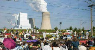 Συμφωνία για το κλίμα, με αύξηση της τιμής σε βενζίνη και πετρέλαιο
