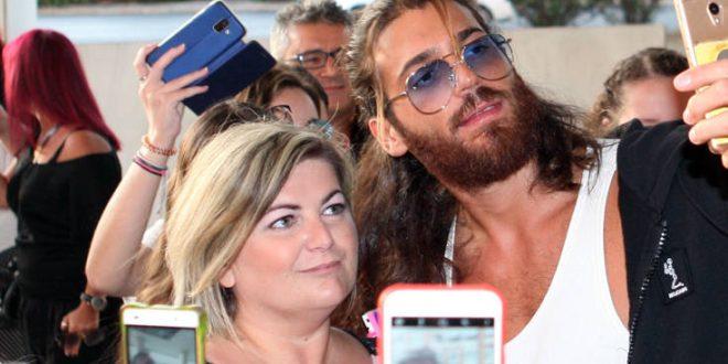 Στην Ελλάδα ο Τούρκος πρωταγωνιστής της σειράς «Φτερωτός Θεός»