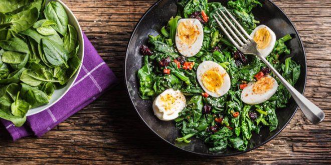 Μπορεί η σαλάτα μπορεί να γίνει «παγίδα» στη δίαιτα;