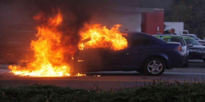 Κάηκε ΙΧ μέσα στη Λαχαναγορά της Θεσσαλονίκης