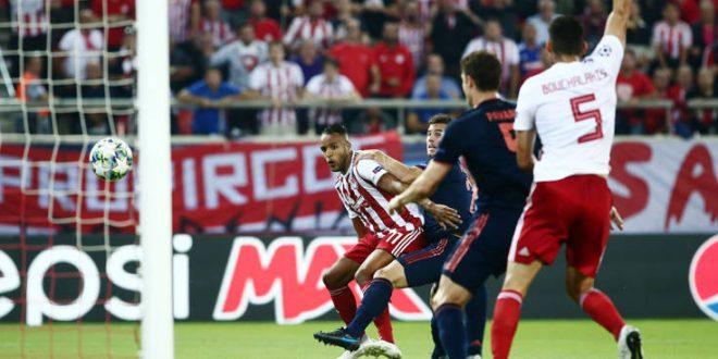 Ολυμπιακός-Μπάγερν Μονάχου: Ισόπαλες με 1-1 οι δύο ομάδες στο ημίχρονο