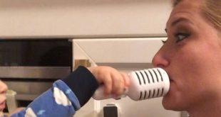 Η Σία Κοσιώνη παίζει με τον γιο της και του εύχεται Χρόνια Πολλά