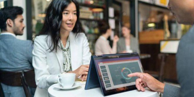 Το πανάλαφρο business laptop με την τεράστια μπαταρία