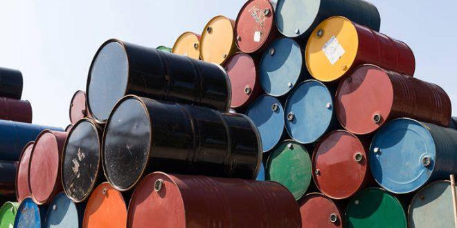 Έκρηξη σε ιρανικό τάνκερ: Αυξήθηκαν οι τιμές του πετρελαίου
