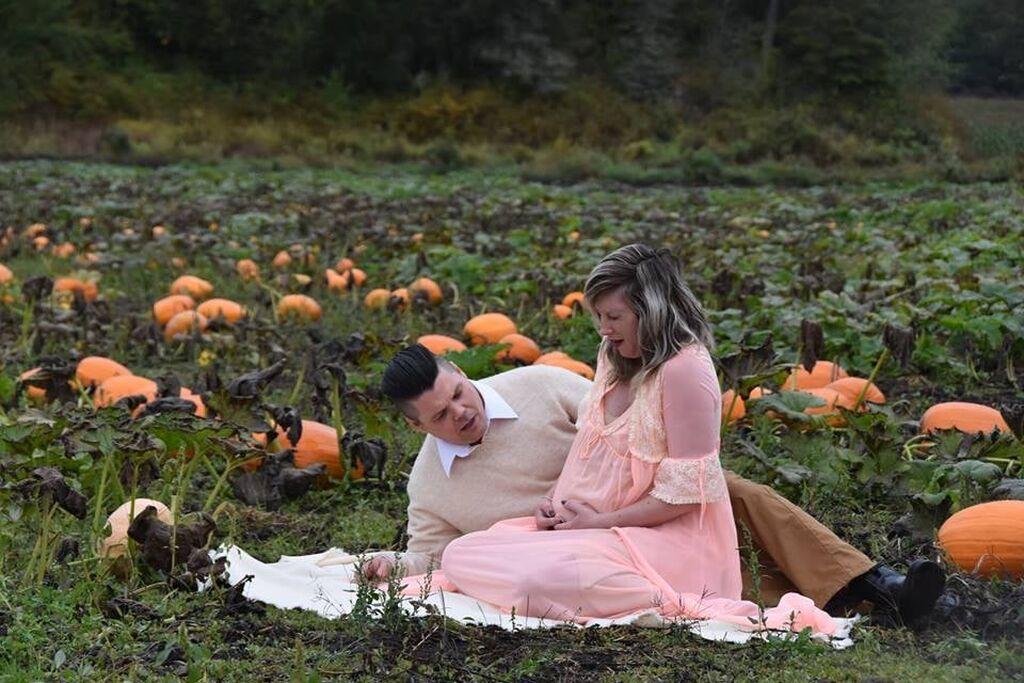 Οι φωτογραφίες εγκυμοσύνης της κάνουν το γύρο του διαδικτύου και σκορπούν τον τρόμο (pics)