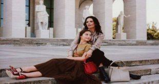 Η Κάθριν Ζέτα Τζόουνς και η Κάρι Ντάγκλας μαζί στην καμπάνια του οίκου Fendi