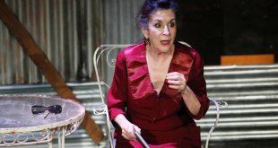 Η συγγένεια της Νένας Μεντή με κορυφαίο κωμικό ηθοποιό