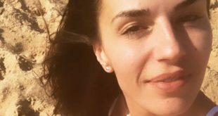 Λίγο πριν τα Χριστούγεννα, η Χριστίνα Κολέτσα ποζάρει με λευκό μπικίνι και προκαλεί «καύσωνα»