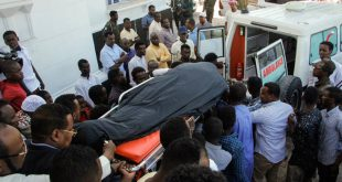 Τουλάχιστον πέντε νεκροί από την επίθεση ισλαμιστών σε ξενοδοχείο στη Σομαλία