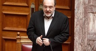 Τρύφων Αλεξιάδης: «Ελεγχόμενη η κατάστασή του», λέει το ιατρικό ανακοινωθέν
