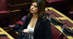 Οι ωραίες στα έδρανα της Βουλής στην ψηφοφορία για την Αικατερίνη Σακελλαροπούλου