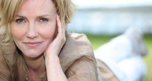 Η πρόωρη εμμηνόπαυση αυξάνει τον κίνδυνο διαφόρων χρόνιων προβλημάτων υγείας