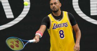 Κόμπι Μπράιαντ: Ο Νικ Κύργιος φόρεσε τη φανέλα με το Νο8 στο Australian Open