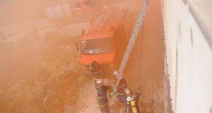 Μεγάλη πυρκαγιά σε εργοστάσιο ξυλείας στη Λιβαδειά