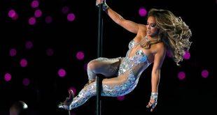 Παραμιλούσαν οι θεατές του Super Bowl με το «καυτό» pole dancing της Τζένιφερ Λόπεζ