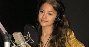 Στεφανία Λυμπερακάκη: Ποια είναι η τραγουδίστρια που θα εκπροσωπήσει την Ελλάδα στην Eurovision 2020