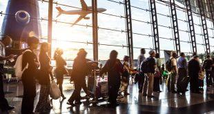 Η απλή κίνηση που μπορούμε να κάνουμε στα αεροδρόμια και να περιορίσουμε τις επιδημίες