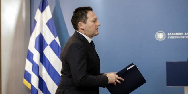 Πέτσας: Η κυβέρνηση δεν δίνει μόνο τα 800 ευρώ, κύριοι του ΣΥΡΙΖΑ