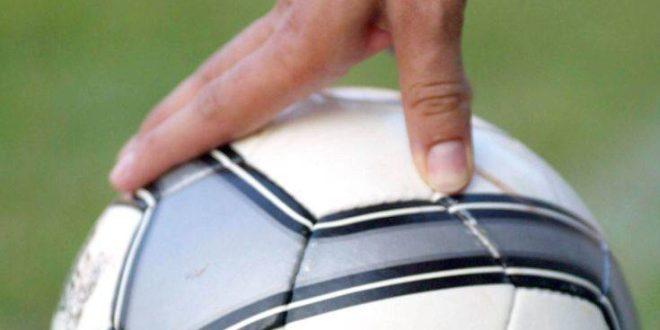 Η FIFA δεν απαιτεί «ψάλιδι» 50% στις αποδοχές των ποδοσφαιριστών
