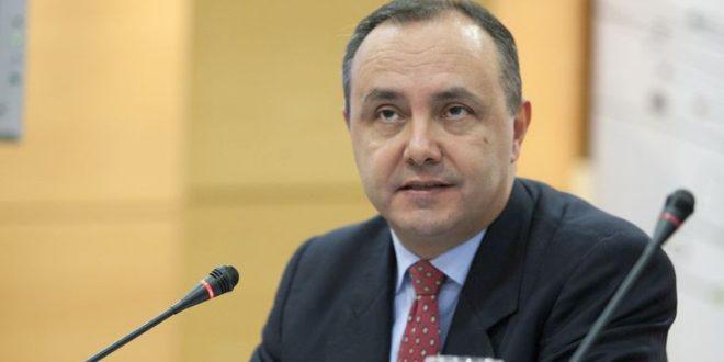 Κορονοϊός: Έκκληση Καράογλου να βγάλουν οι πολίτες την ελληνική σημαία στα μπαλκόνια