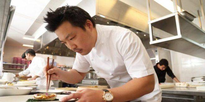 Κορονοϊός: Βραβευμένος σεφ «σπάει» την καραντίνα και μαγειρεύει για τους άπορους Λονδρέζους