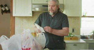 Κορονοϊός: Γιατρός δείχνει πως πρέπει να απολυμαίνουμε τα ψώνια και γίνεται viral