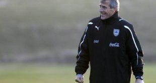 Η Ουρουγουάη απέλυσε τον Όσκαρ Ταμπάρες εξαιτίας του κορονοϊού