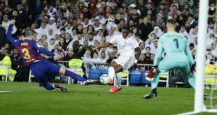 Η Ρεάλ Μαδρίτης νίκησε την Μπαρτσελόνα με 2-0 και την προσπέρασε