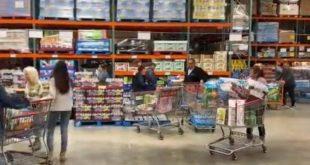 Πανικός στα σούπερ μάρκετ στο Λος Άντζελες υπό τον φόβο του κορονοϊού