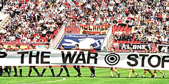 Όταν η ΑΕΚ σταματούσε τον πόλεμο με ποδόσφαιρο