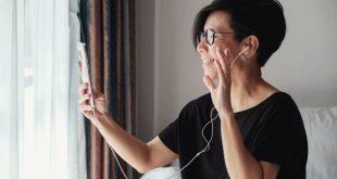 Κορονοϊός: Η εφαρμογή Zoom που κάνει θραύση και χρησιμοποιείται από παιδιά μέχρι πρωθυπουργούς
