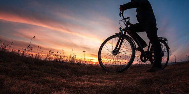 Νέα Ζηλανδία: Ο υπουργός Υγείας βγήκε για ποδήλατο βουνού εν μέσω lockdown λόγω κορονοϊού