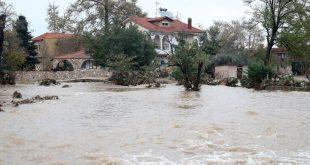 Καλύτερη η εικόνα σε Θεσσαλονίκη και Χαλκιδική: Αποκαθίστανται τα προβλήματα από την σφοδρή βροχόπτωση