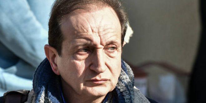 Ο Σπύρος Μπιμπίλας, απογοητευμένος και θλιμμένος, ανακοίνωσε πως σταματάει το θέατρο